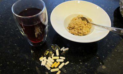 posiłek z tabletkami