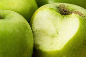 zielona jabłka w zbliżeniu