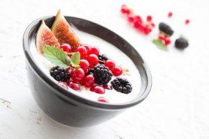 zdjęcie jogurtu w zbliżeniu